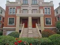 出售射阳金诚福邸别墅5600到6000一平米,花园电梯洋房4500一平米