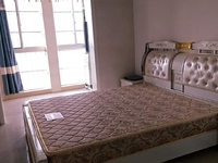 滨河湾公寓 1室1厅全新装修 拎包就住1100/月