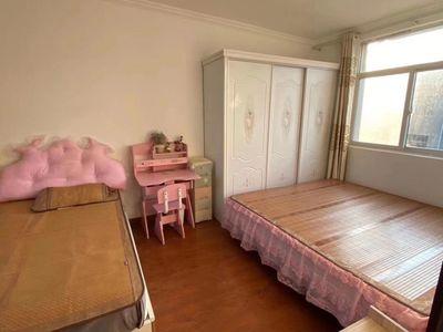 三实小滨中本部校区房 2室2厅 拎包入住 满五年