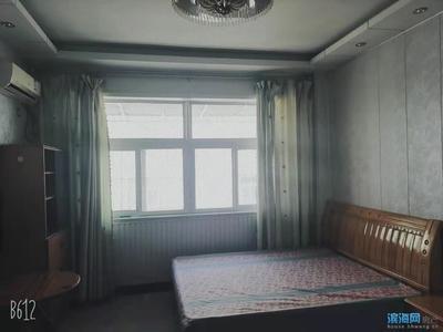 汉盛广场三楼出租,一室一厅,东西向,拎包即住,预约看