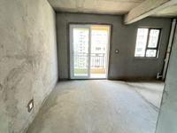 紫宸 房东外地购房 现房出售 四房 西边户 前后双阳台 送自行车库 价格可谈