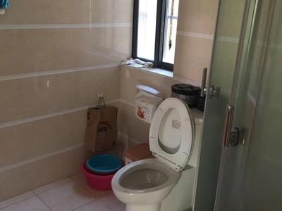 出租景湖理想城3室2厅2卫128平米2500元/月住宅