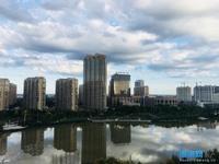 出售幸福小区电梯湖景房3室2厅2卫140平米115.8万住宅