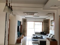 出售新时代4室2厅2卫163平米99.8万住宅