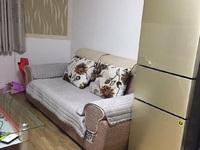 阜东中路2室2厅1卫套间出租 装修如图 家具家电配全 拎包入住 看房方便
