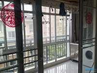 出售西湖一品4楼97平米精装修两室两厅一卫有自行车库满2售价95.6万