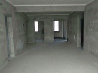 出售欧堡利亚 臻园3室2厅2卫136平米119.8万住宅