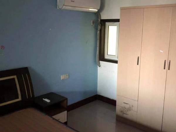 出租京华苑3室1厅1卫80平米900元/月住宅