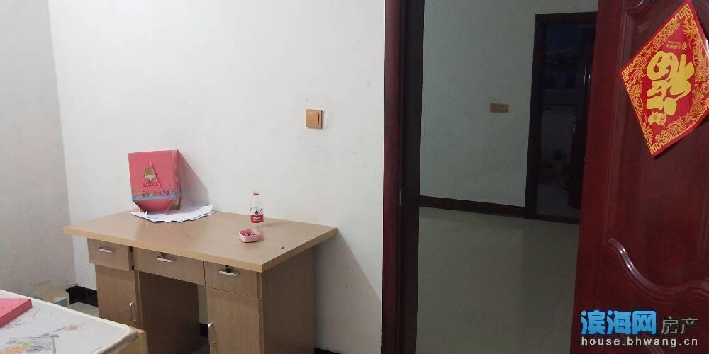 民房出租 位于明达路大佛寺南侧 3室1厅1卫80平米1200元/月住宅