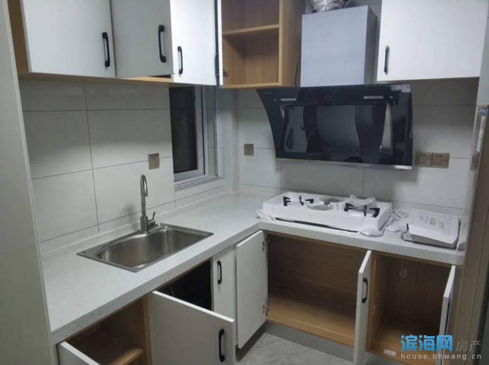 出租学府壹号2室2厅1卫85平米1300元/月住宅