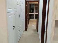 房东外地置业,急售博士苑精装小两室,采光无敌,房型佳
