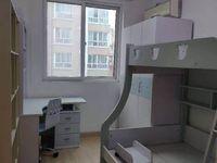 正鑫小区,精装修两室两厅,上首边户,南北通透,有车库15平米