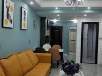 万锦豪庭温馨小三房90平米,全新装修