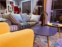 出售景玉兰庭126平精装套间,满两年室内线品牌家电家具,122.8万住宅