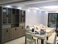水韵新城架空1楼精装三室两厅一卫带车库满两年售价126.8万