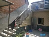 出售其他小区3室2厅2卫300平米120万住宅