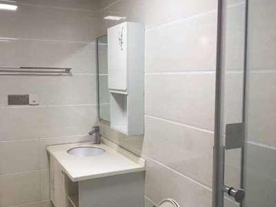 水韵新城4楼套间约101平米加自行车库15平米双证2年售价96.8万