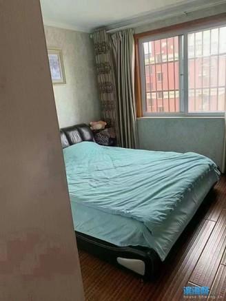 出售中央花园电梯房精装修3室2厅1卫110平米110.8万住宅