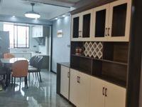 仁河桥附近三校区超低首付精装四楼产证面积123.36平米总价才78.8万