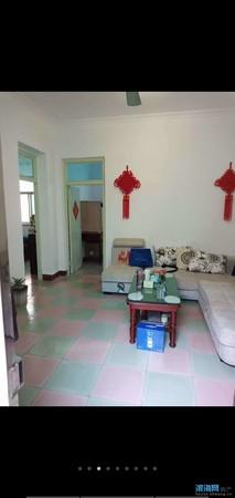 二实小巷内独家独院楼上下带院子售价72.8