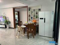 出租昌兴壹城4室2厅2卫200平米2000元/月住宅