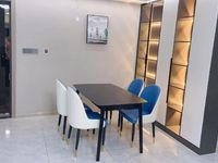 出售港利带院子100平3室2厅2卫132平米136.8万住宅