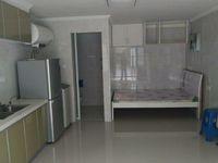 出租学府壹号大车库1室1厅1卫30平米600元/月住宅