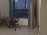 出租龙泰御景湾电梯房 采光无敌 精装3室1厅1卫 拎包就住 1300/月